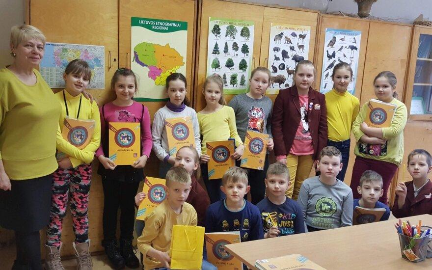 Patyčių problema Raguvos gimnazijoje paminėta spalvingai