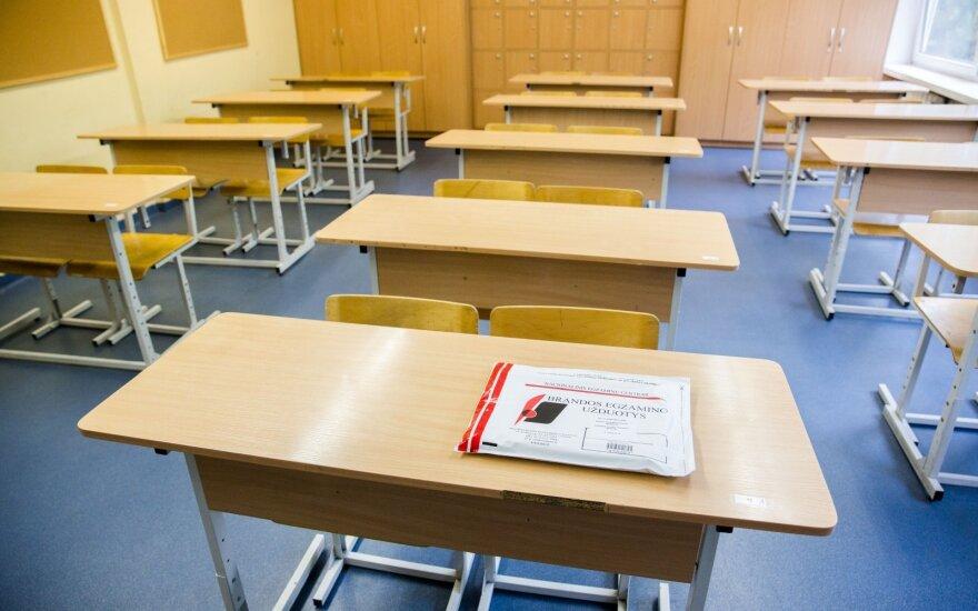 Pirmieji egzaminų rezultatai: abituriente, pasidalink įspūdžiais!