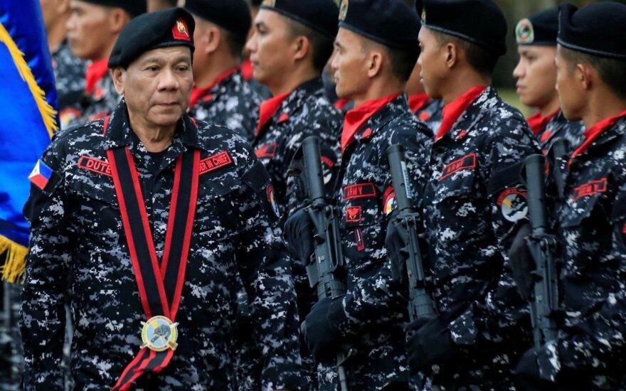 JAV ir Filipinai pradėjo didžiausias karines pratybas valdant prezidentui Duterte