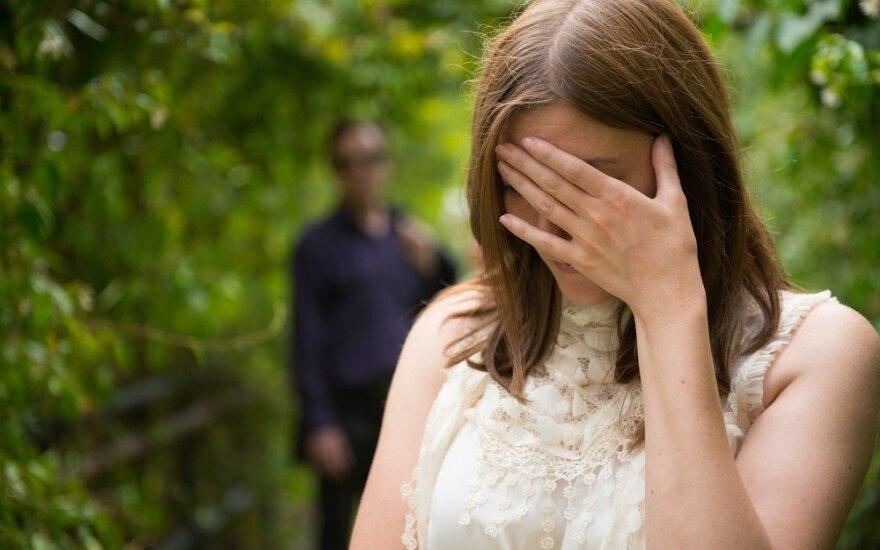 Kodėl žmonės būna neištikimi net ir gyvendami laimingoje santuokoje?