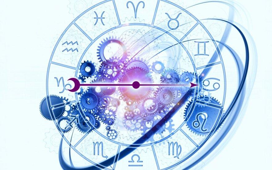 Astrologės Lolitos prognozė gruodžio 12 d.: pasitikėkite savimi
