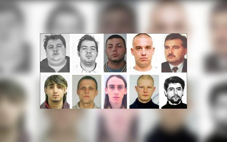 Scotland Yardo ieškomi asmenys. Lietuviai  - G.Rupslaukis (apačioje antras iš kairės) ir G.Rimidis (apačioje  ketvirtas iš kairės)