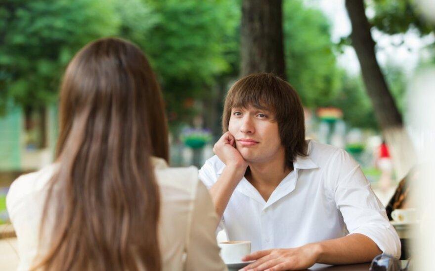 """Ieškojo vaikino """"Tinderyje"""": papasakojo apie dažniausiai jų daromas klaidas"""