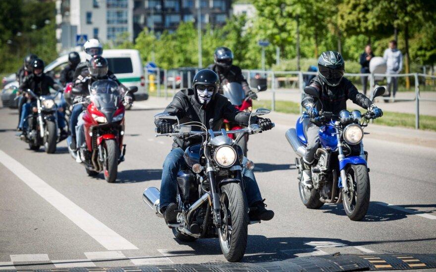 Keliuose daugėja motociklininkų (asociatyvi nuotr.)