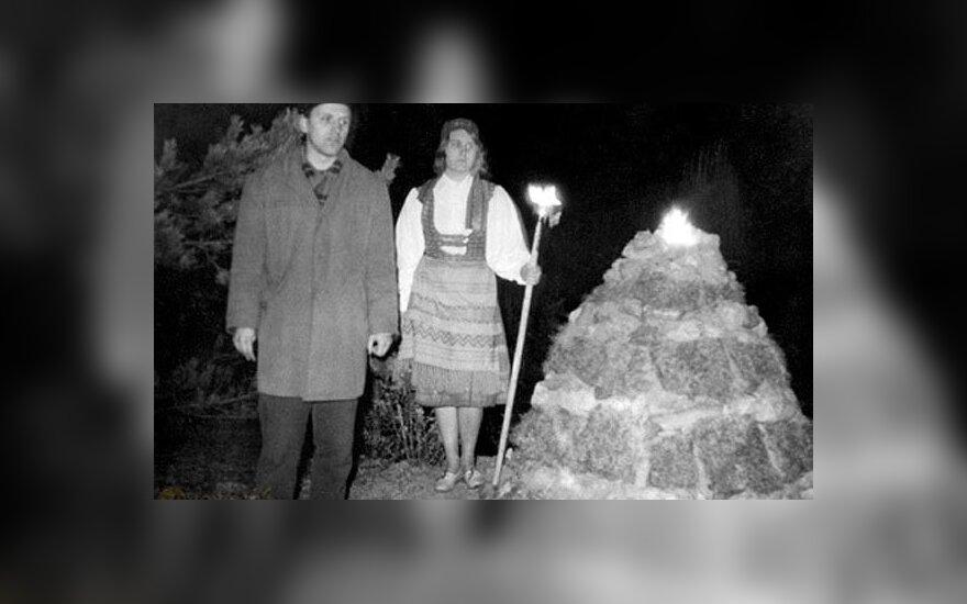 Mirė vyriausiasis Romuvos krivis J. Trinkūnas. Alkas.lt ir lrt.lt nuotr.
