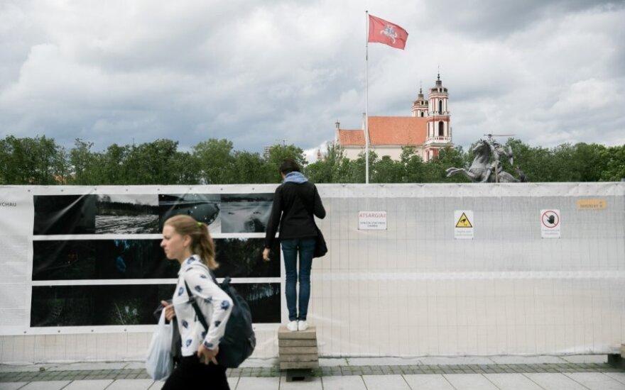 Laukiama paskutinių pasiūlymų Lukiškių aikštės memorialui