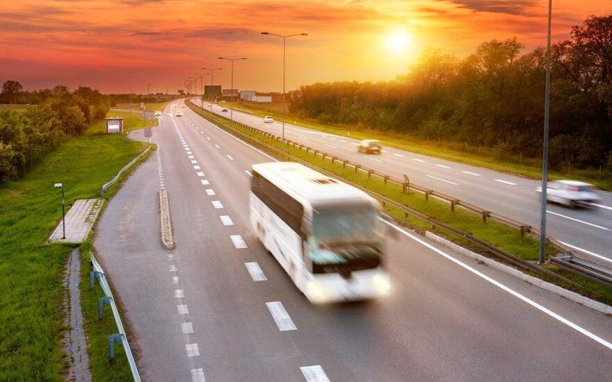 5 priežastys keliauti prie jūros autobusu