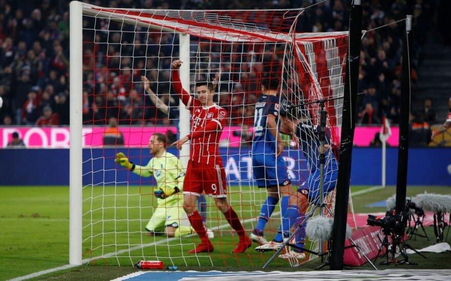 """Vokietijoje – """"Bayern"""" grąža varžovams ir reto grožio įvartis Dortmunde"""
