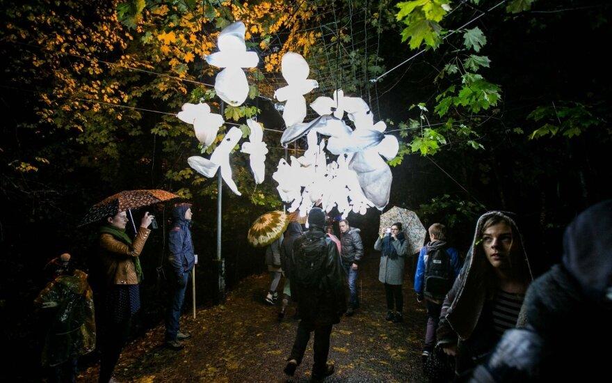 """Tradicija tapęs festivalis """"Beepositive"""" apšvietė Pilaitę"""