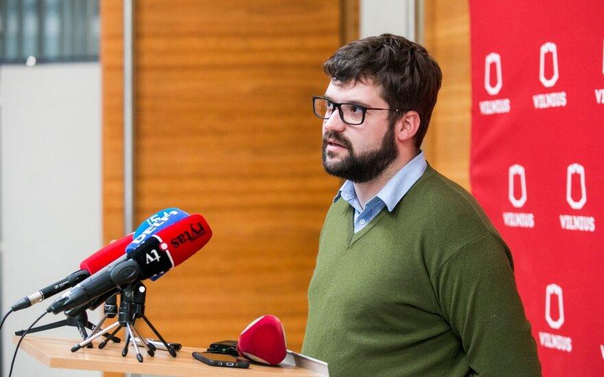 Poderskis: dviejuose Vilniaus mobiliuose koronaviruso tyrimo punktuose per dieną turėtume paimti apie 100 mėginių