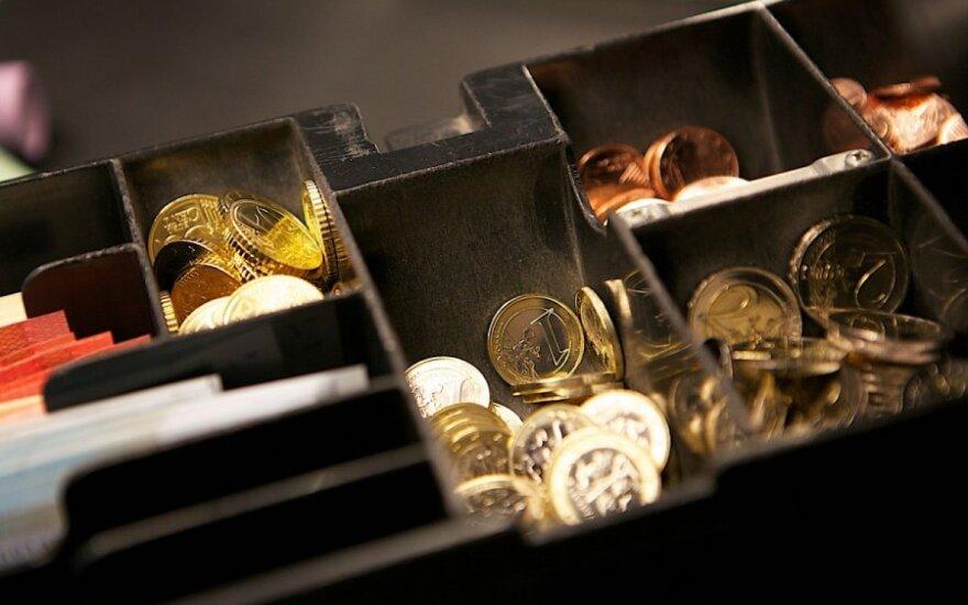 Rado išeitį, kaip išvengti vargo su dviem valiutomis