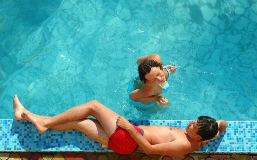 Namuose likęs sužadėtinis ar gundantis nepažįstamasis – lemtingos atostogos atvėrė akis