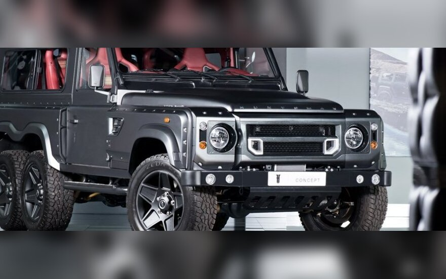 """Šešiaratis """"Land Rover"""" automobilis medžiotojams"""