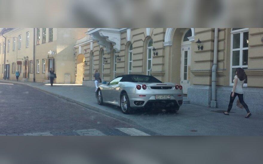 """Savaitės """"Baudos kvitas"""": ypatingam automobiliui - ypatingos taisyklės!"""