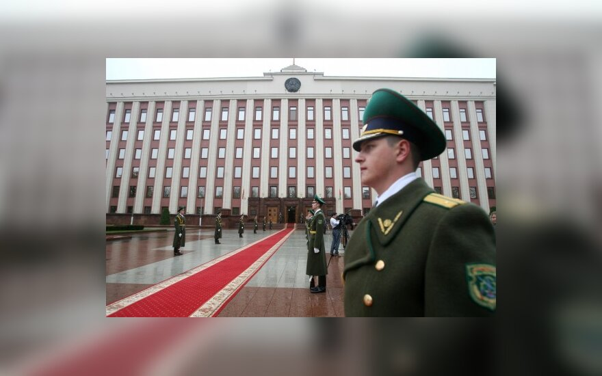 ES žada Minskui 3 mlrd. eurų už sąžiningus rinkimus