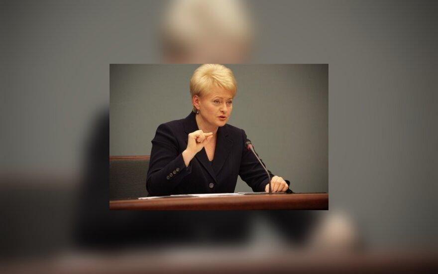 D.Grybauskaitė: devalvacija – šoko terapija be terapijos