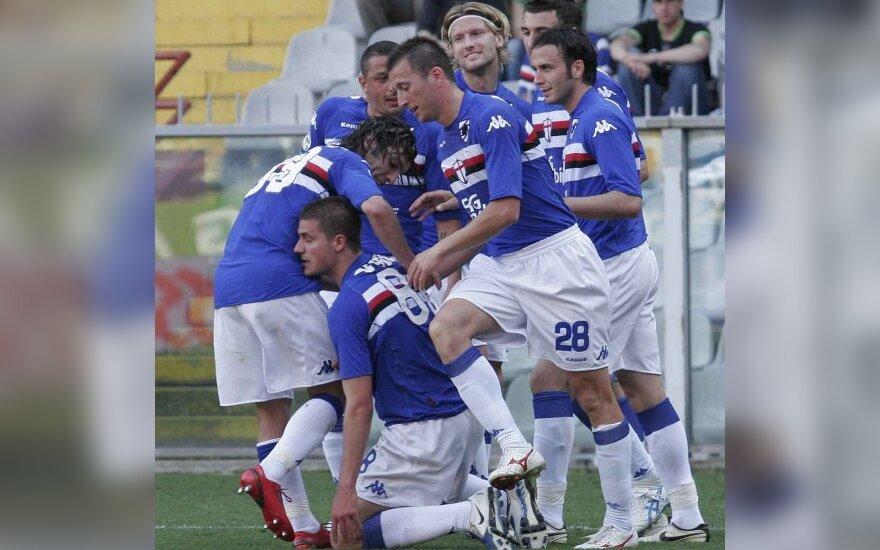 """Marius Stankevičius su """"Sampdoria"""" klubo draugais džiaugiasi įvarčiu"""