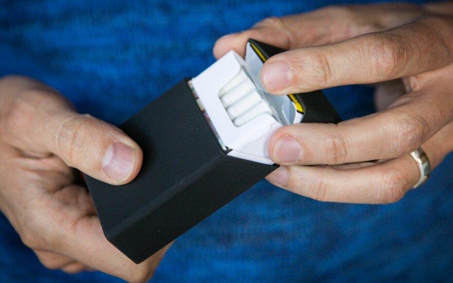 Siūlo riboti cigarečių skaičių pakelyje