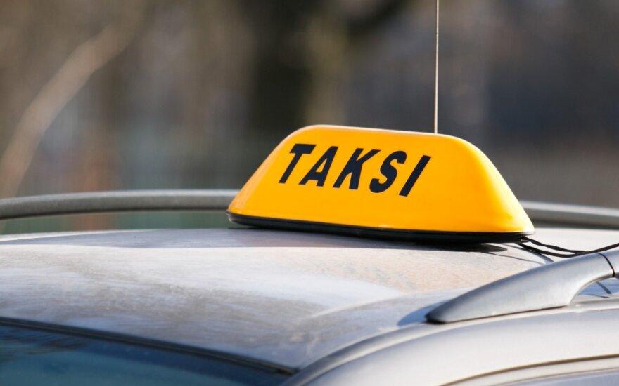 Girtą vairuotoją Klaipėdoje sučiupo taksistas