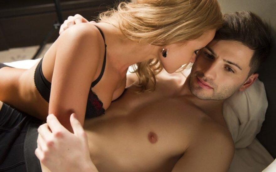 8 santykių su mergina ir moterimi skirtumai