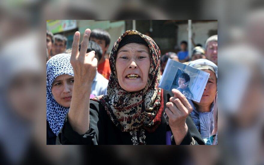 Per riaušes Kirgizijos pietuose žuvusiųjų skaičius pasiekė 356