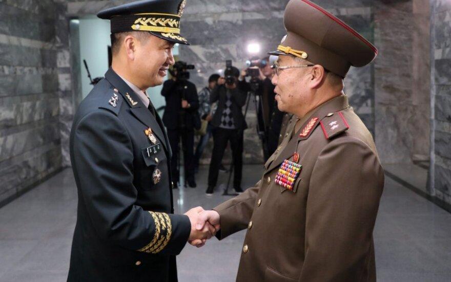 Pietų ir Šiaurės Korėjų generolai aptarė karinio susitarimo įgyvendinimą
