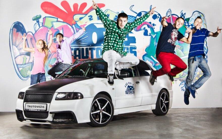 Tautovežis Audi A4