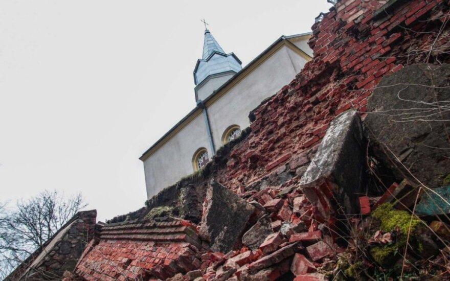 Priėmė sprendimą dėl pavojuje atsidūrusios Lapių bažnyčios