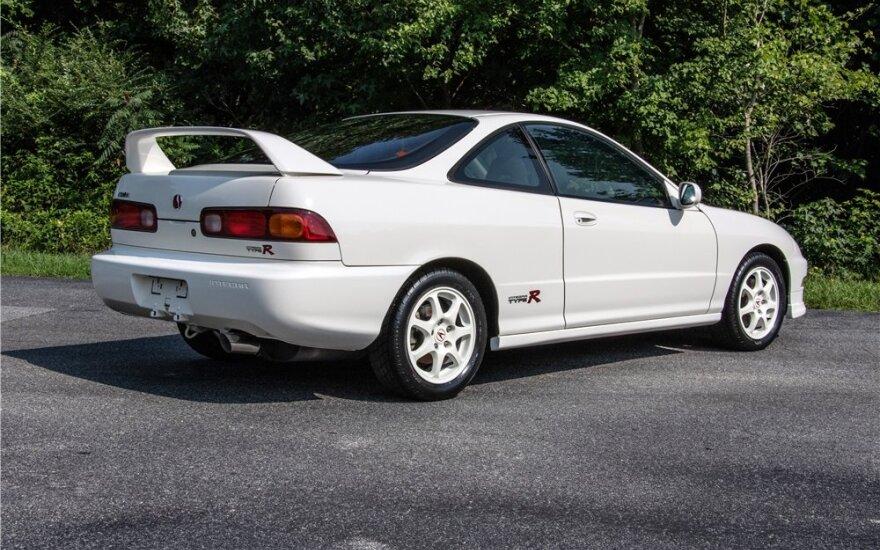"""Acura Integra Type R"" parduota aukcione. Barrett Jackson nuotr."