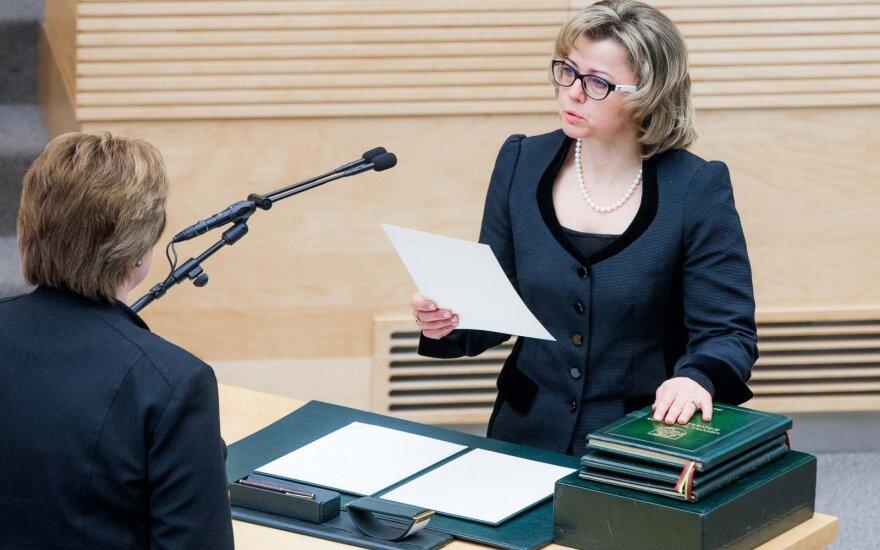 Seimas pritarė prezidento teiktai Jočienės kandidatūrai į KT pirmininkes