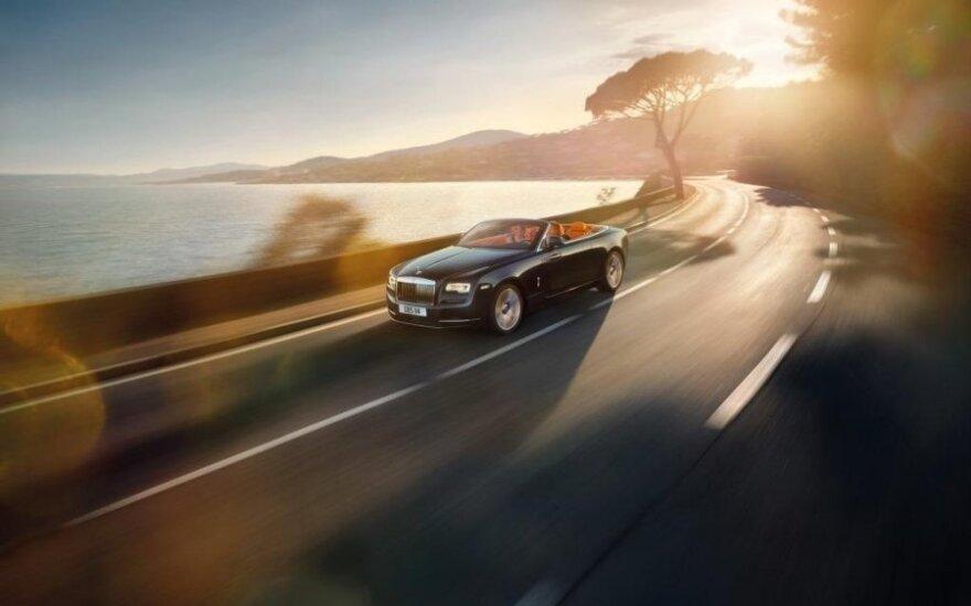 """Rolls-Royce Dawn"" kabrioletas"