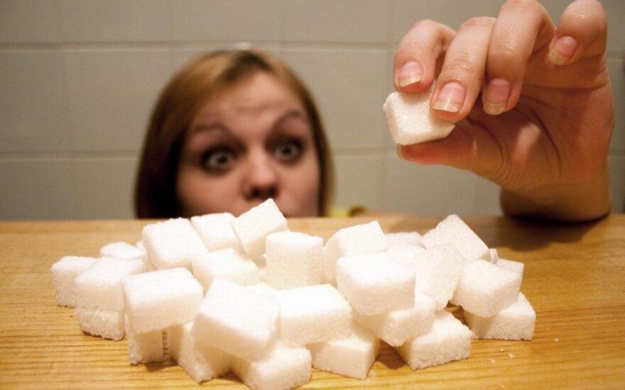 Cukrinė detoksikacija? Ką būtina žinoti apie cukrumi, saldikliais ar medumi saldintus produktus
