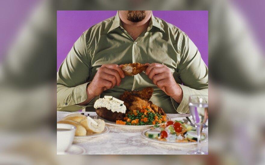 Stalo nepasiekęs maistas keliauja į sąvartyną
