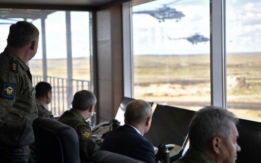 "Vladimiras Putinas stebi ""Vostok 2018"""