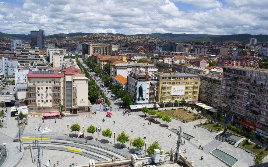 Kosovo policijai areštavus 4 serbus šalies šiaurėje kilo protestai
