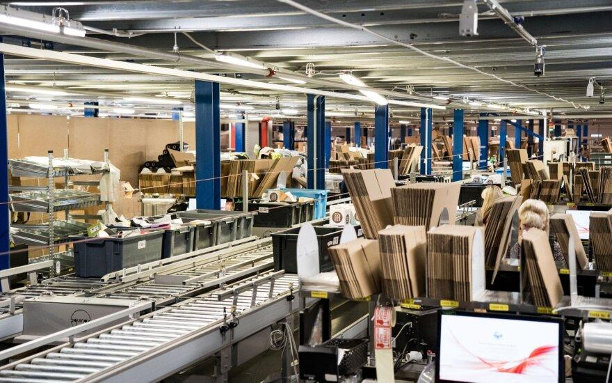"""""""Pigu"""" investavo 1 mln. eurų į siuntų rūšiavimo automatizavimą"""