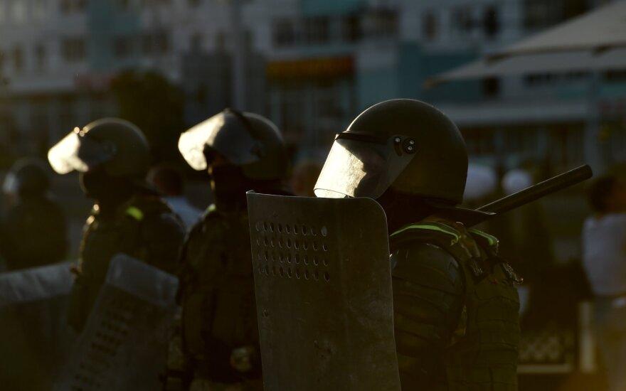 Baltarusija perdavė Rusijai anksčiau sulaikytus 32 piliečius