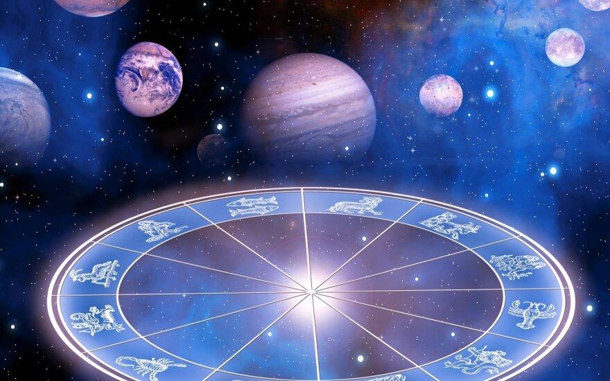 Astrologės Lolitos prognozė balandžio 26 d.: laukia netikėtumai