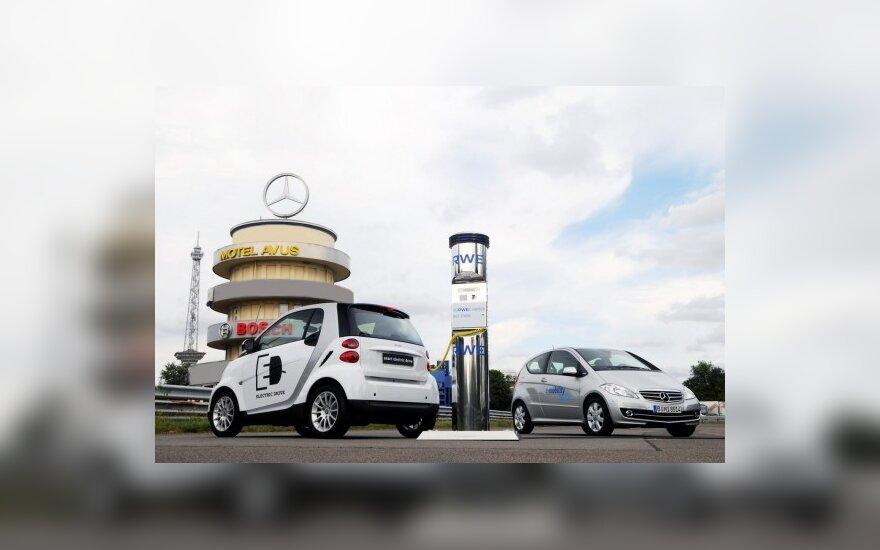 Mercedes-Benz ir Smart elektromobiliai