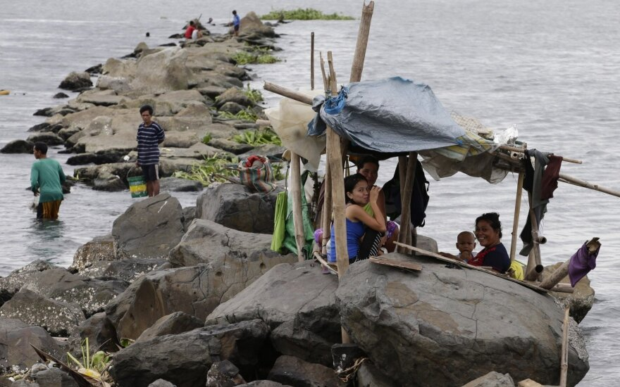 Filipinų pietuose stiprus žemės drebėjimas išgąsdino gyventojus