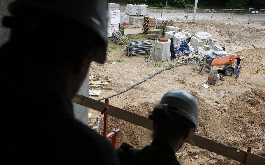 Didžioji Lietuvos nelaimė: ar demografinę duobę padės užpilti statybininkai iš Ukrainos?