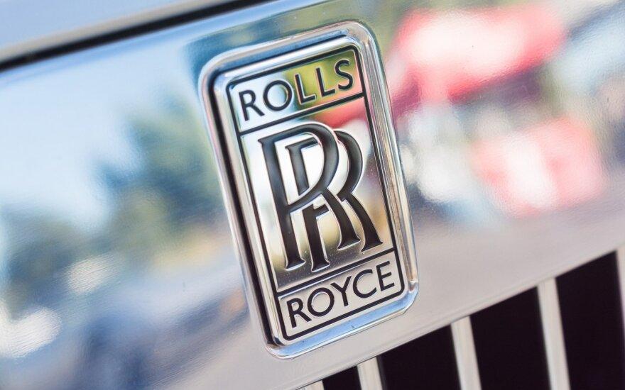 """""""Brexit"""" galėtų sustabdyti """"Rolls-Royce"""" gamyklą, jei pritrūktų bent vienos detalės"""
