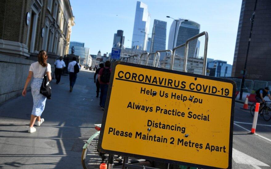 JK pirmąkart nuo kovo pabaigos užfiksuota mažiau kaip 50 mirčių per parą nuo COVID-19