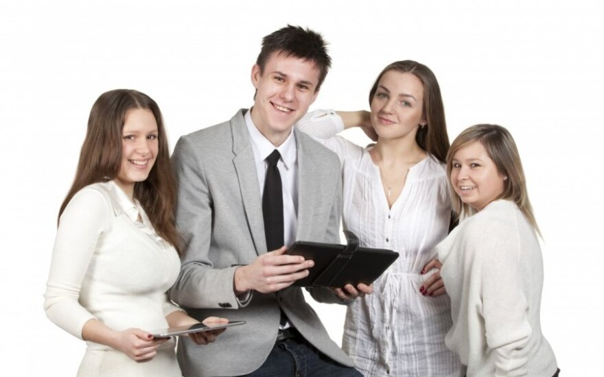 LEU studentai kviečia konsultuotis moksleiviams patogiu būdu – tiesiog internetu