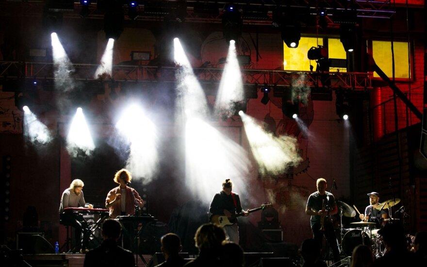 """Šeštadienį praūžė """"Loftas Fest'18"""" antroji diena – dėmesys elektronikai ir šokiams iki ryto"""