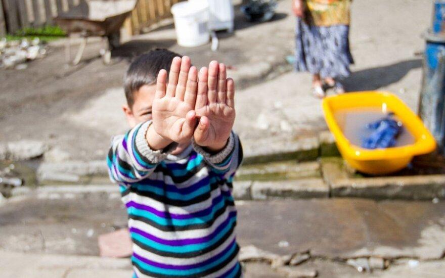 Kodėl EK nebaudžia dėl romų diskriminavimo?