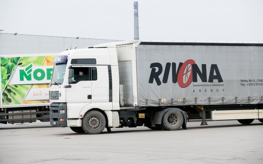 """Augantis vartojimas pernai didino """"Rivonos"""" pajamas iki 384 mln. eurų"""