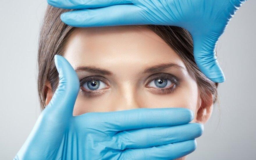 Plastinės akių vokų operacijos - poniučių reikalas?