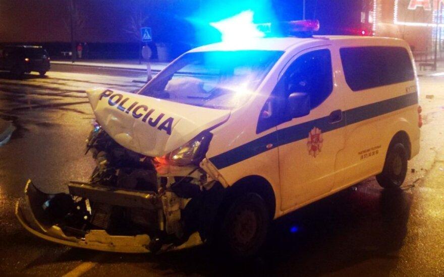 """""""Kasko"""" atsisakiusi policija patikino: pareigūnams automobilių remonto apmokėti nereikės"""