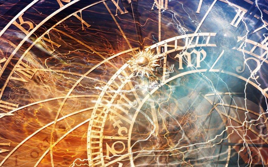 Astrologės Lolitos prognozė spalio 1 d.: palanki diena susitikimams